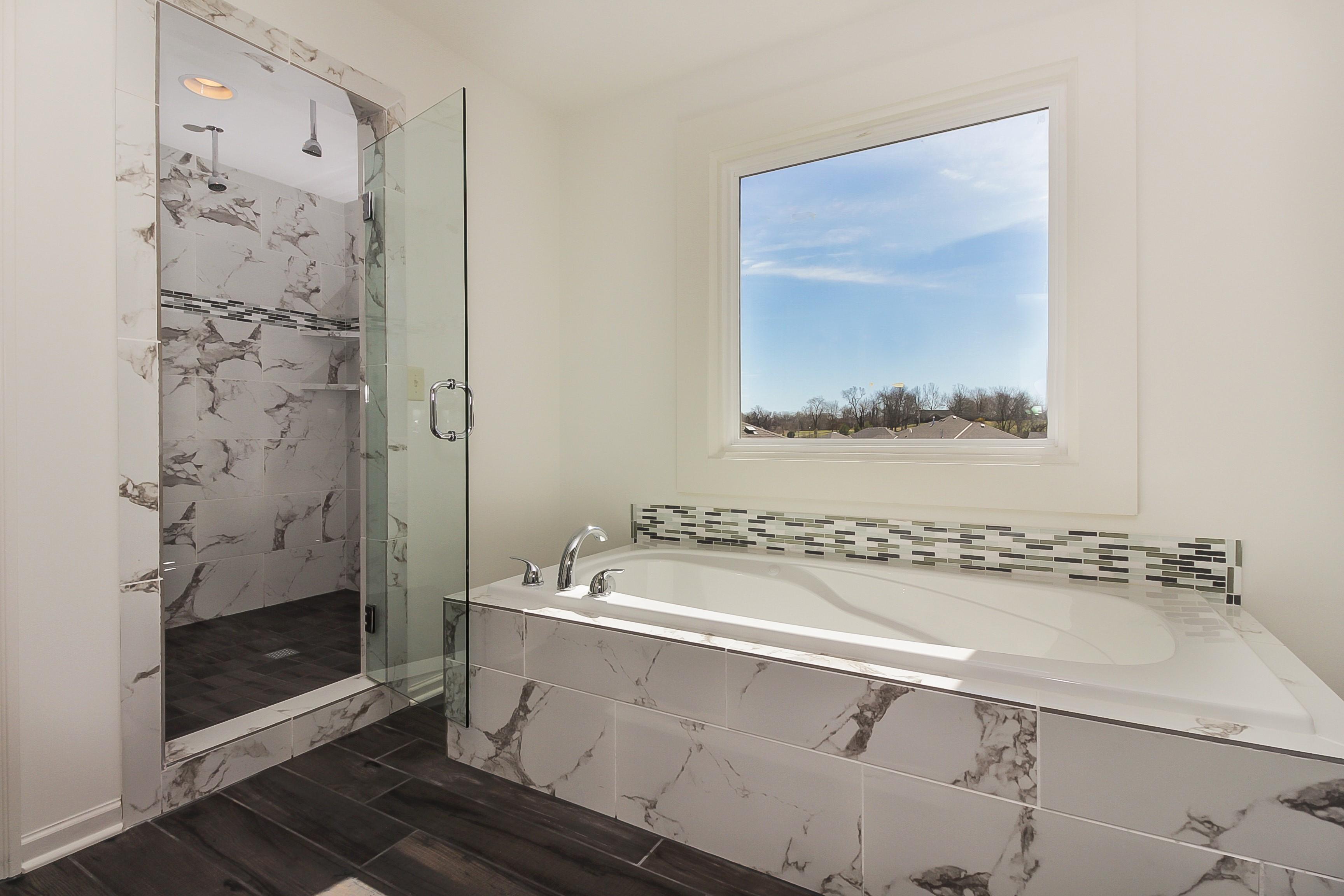 018_020_Master Bath (3)
